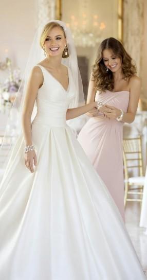 Vestiti Da Sposa Stella York.Abiti Da Sposa Stella York La Collezione 2015 Economici Negozio